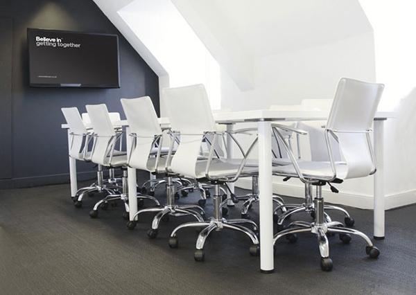 believe-in-meeting-room